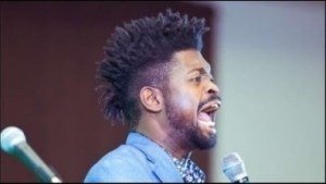Video: Basketmouth Comes For Tables at Comedy Show